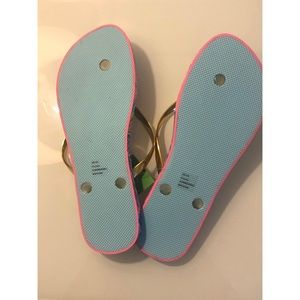 Lilly Pulitzer Shoes - BNWT Lilly Pulitzer flip flops